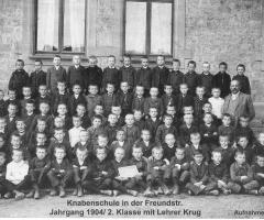 JG 1904 2.Klasse mit Lehrer Klug