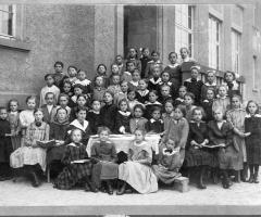 JG 1905 Schulklasse Mädchen