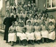 JG 1914 Mädchen