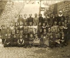 JG 1915/16 Mädchen 2. Klasse 1922
