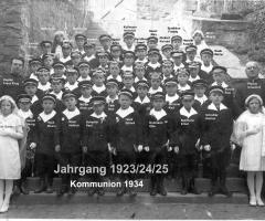 JG 1923/24/25 Kommunion Buben