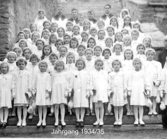 JG 1934/35 Kommunion Mädchen 1944
