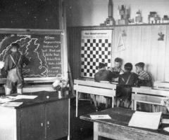 JG 1938 Schule Klassenzimmer