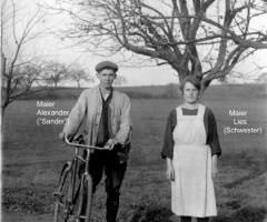 Maier Alexander und seine Schwester Lies 1920