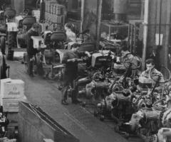 Gueldner_Mitarbeiter_Werkhalle_Produktion_9