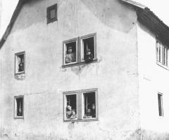 Schulzengasse 2 Anwesen von Franz und Maria Kullmann um 1900