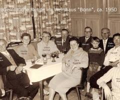 Weinhaus Bonn gemütliche Runde 1950